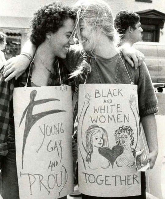 50 anos de Orgulho LGBTQ + Um monumento vivo