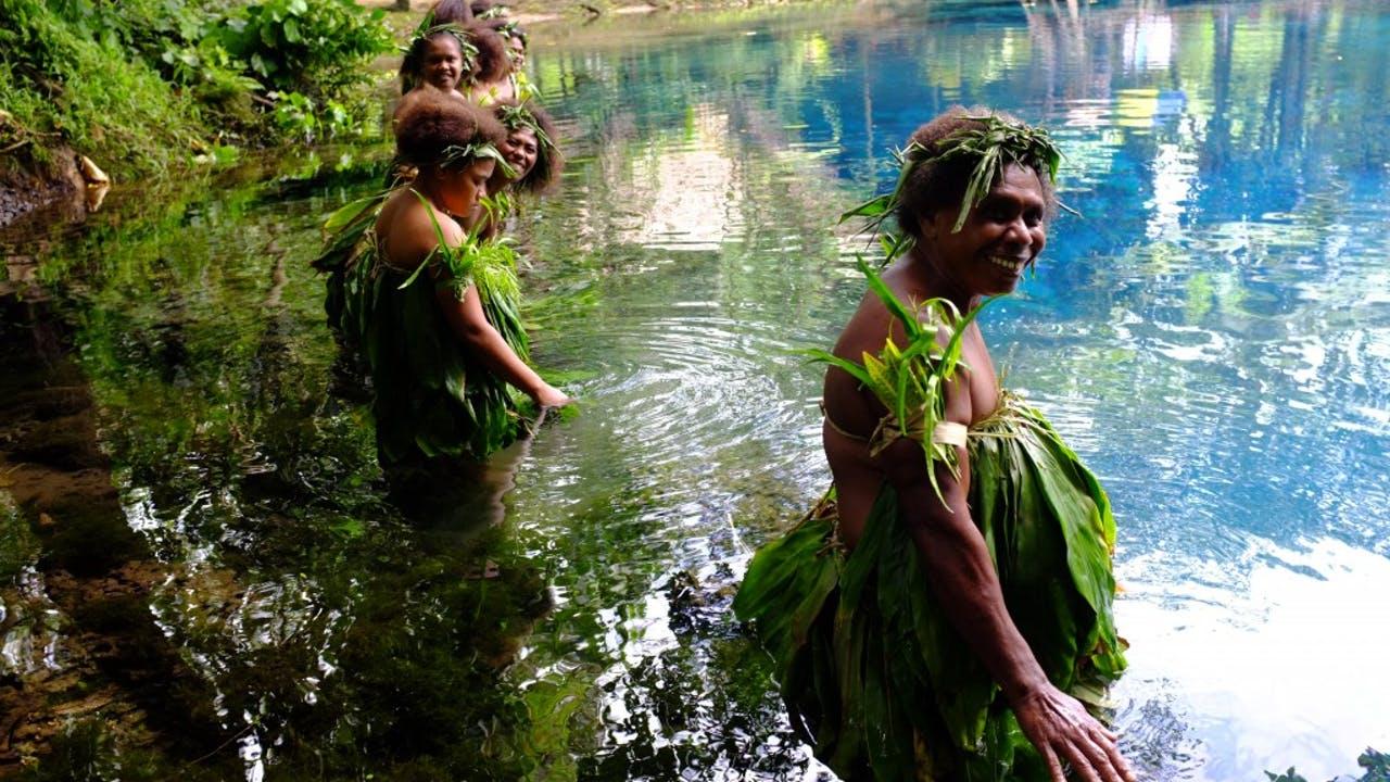 As mulheres de Vanuatu e a música das águas, uma vivência ancestral
